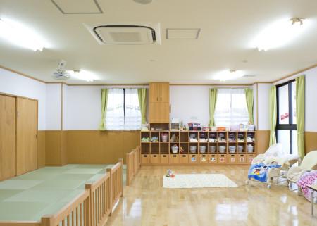 10 0歳児保育室